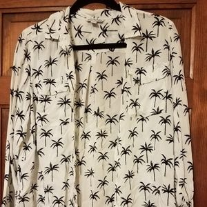 American Eagle Outfitters Tops - American Eagle Palm Tree Button-Up Shirt
